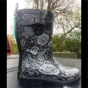 Capelli New York Flowered Rain ☔️ Boots 🥾